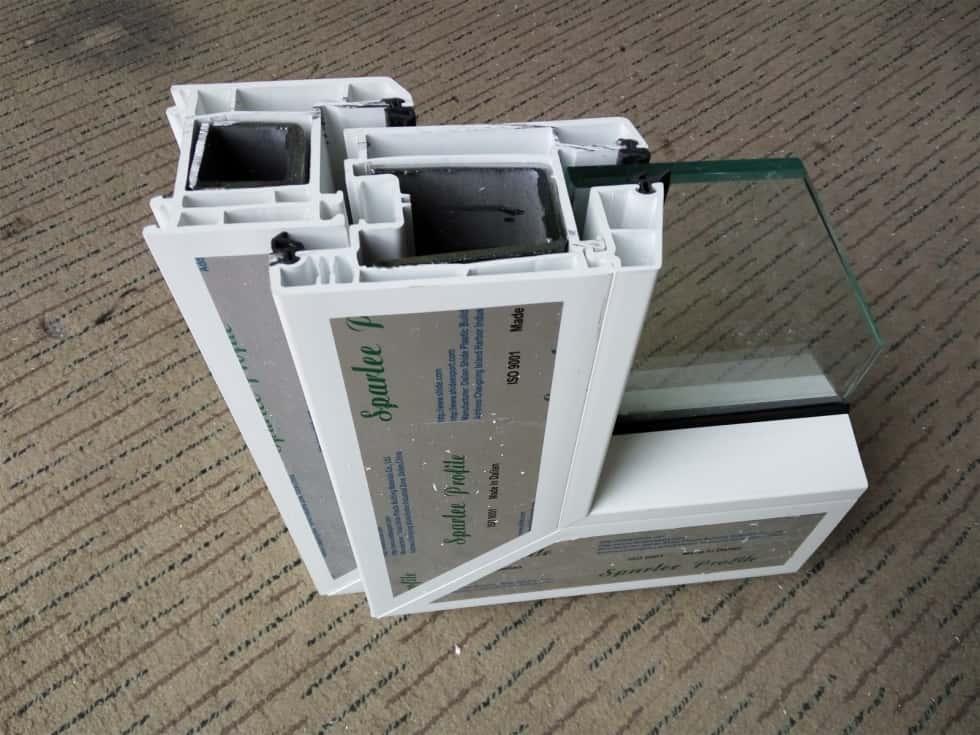 cửa đi nhựa lõi thép