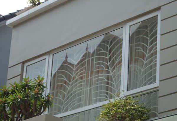 bông sắt bảo vệ cửa sổ