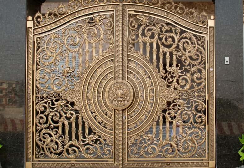 cửa cổng nhôm
