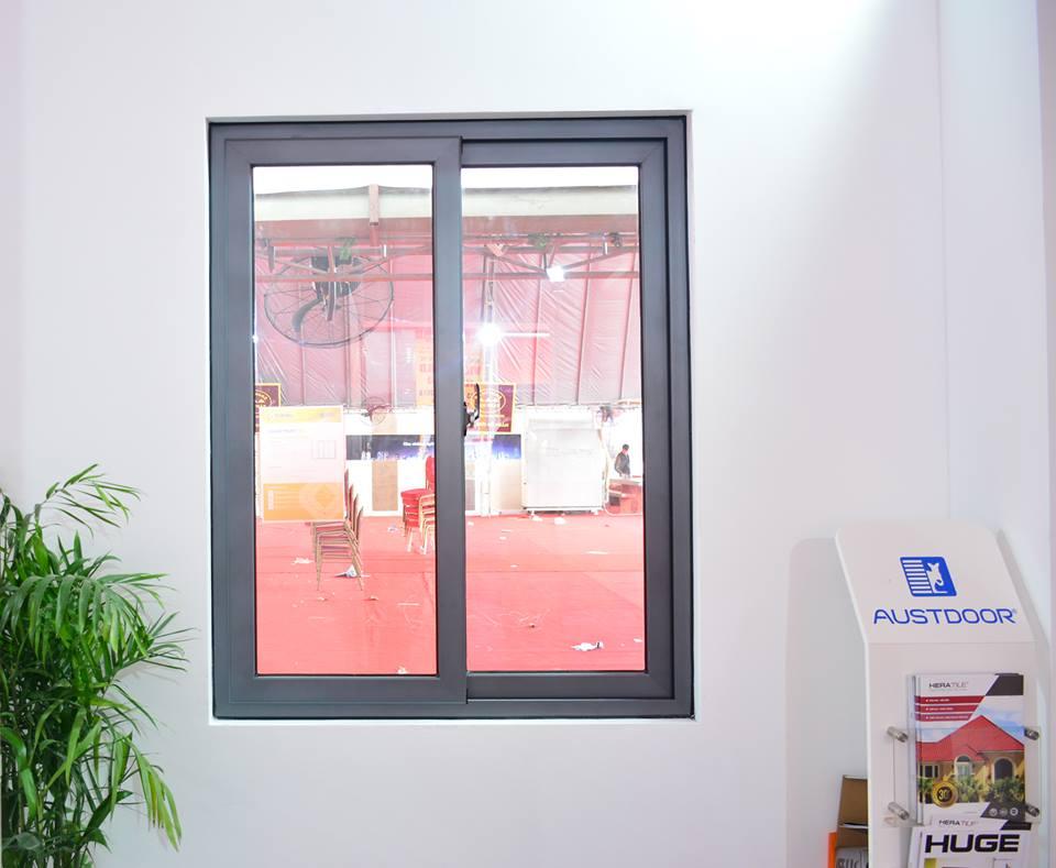 Mẫu cửa sổ lùa nhôm kính TOPAL PRIMA