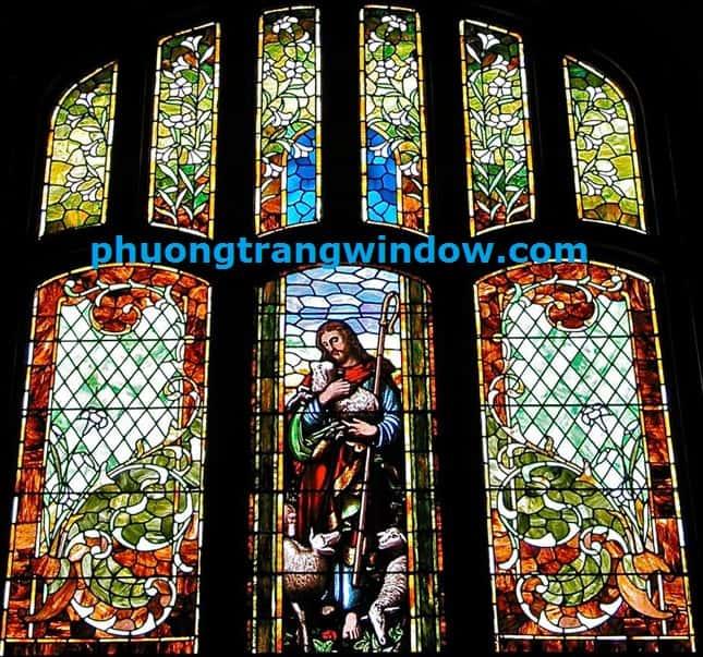 tranh kính nhà thờ