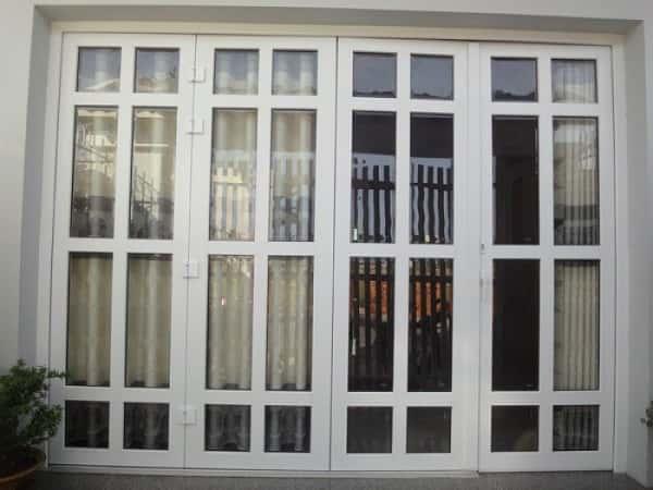 cửa nhựa lõi thép vân gỗ chất lượng