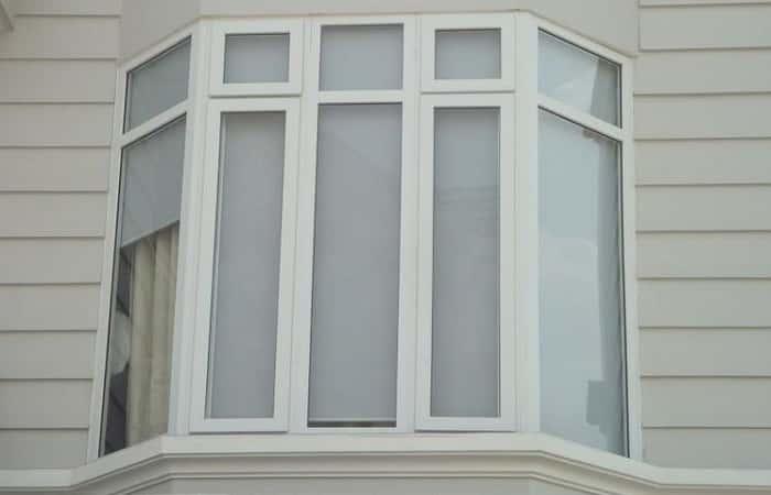 Mẫu cửa sổ nhựa lõi thép có vách kính cố định