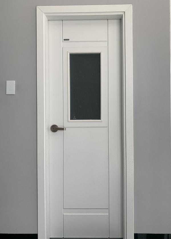 mẫu cửa nhựa abs màu trắng