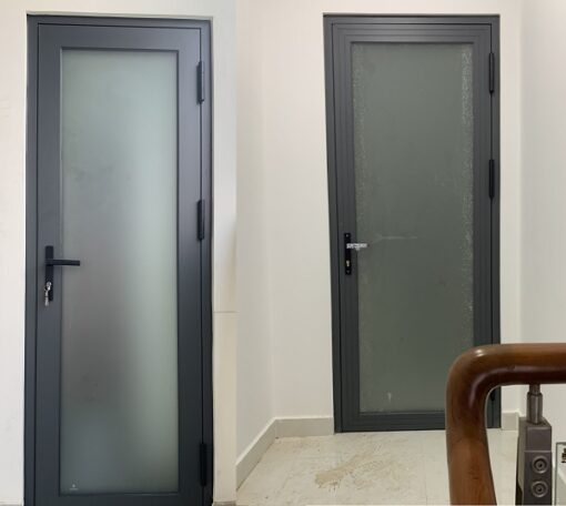 cửa nhôm 1 cánh kính mờ